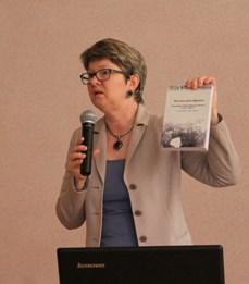 Также Маргарита Юрьевна рассказала об изданиях ВОУНБ, содержащих фактическую и аналитическую информацию о работе владимирских библиотек в годы войны.