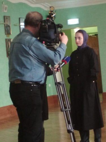 Исполнительница роли Матрены дает интервью