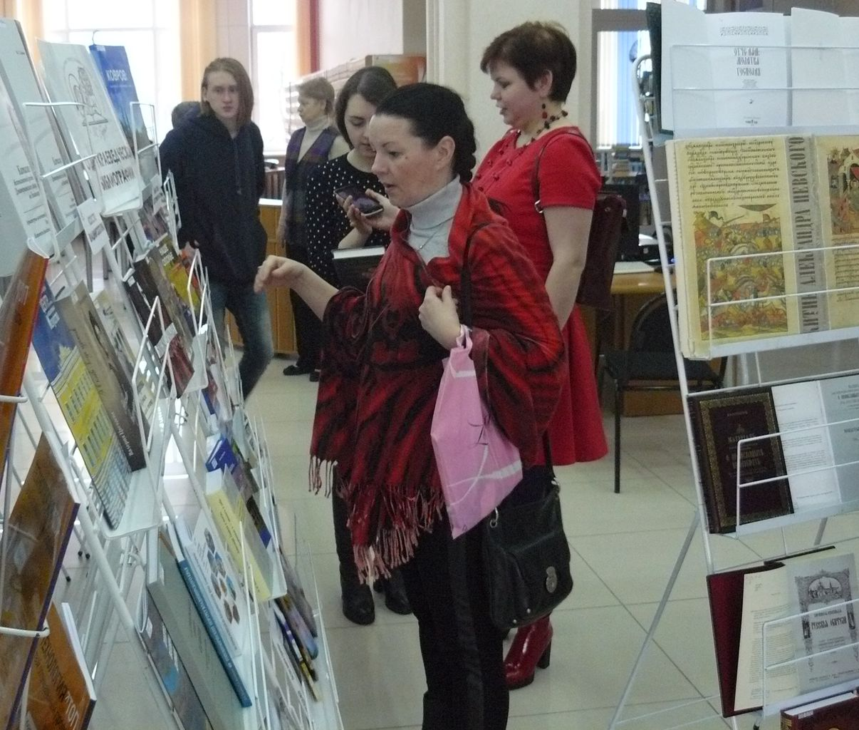 На выставке новых и редких книг