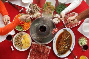 Китайстий новогодний стол
