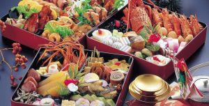 Новогодний стол в Японии