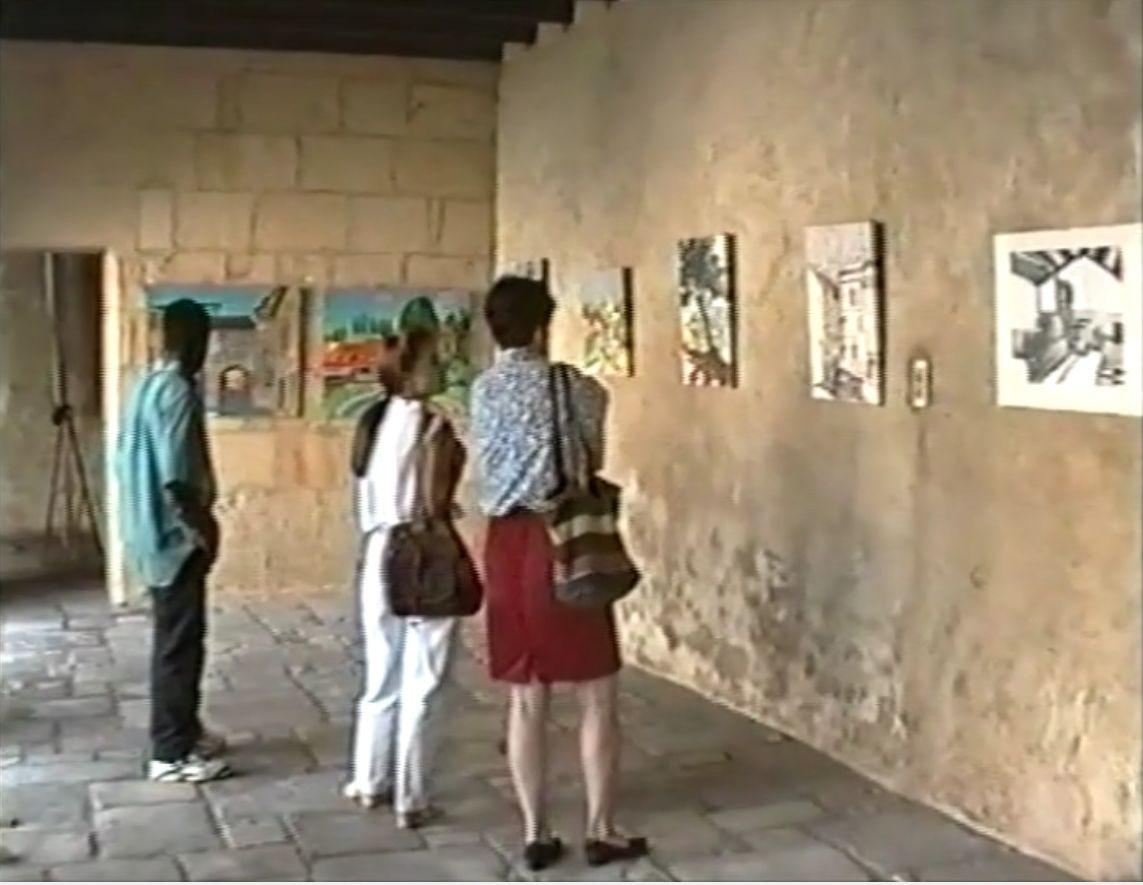 Кадр из сюжета о выставке во Франции