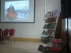 выставка книг на стенде