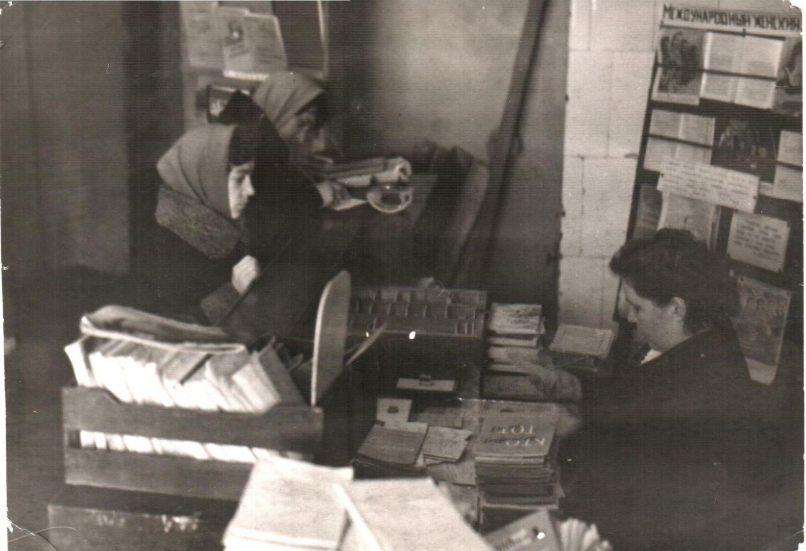 Любовь Комолова – юный читатель детской библиотеки. Впоследствии с 1976 по 1988 гг. возглавляла ЦБС Гороховецкого района