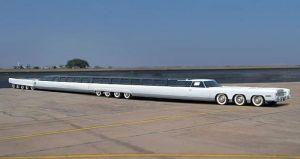 Саммая длинная машина в мире-лимузин, 30 метров
