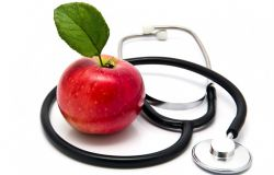 Картинка с яблоком и стетоскопом