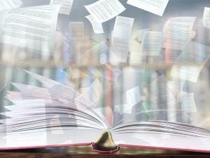 Раскрытая книга и страницы