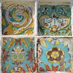 Ценинные изразцы Святых ворот Суздальского Ризположенского монастыря