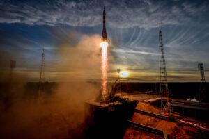 """запуск ракеты с космодрома """"Байконур"""""""