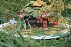 Вышли мыши погулять