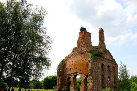 развалины храса с. Лески Брянской области