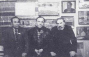 Михаил Ульянов (в центре) и Ким Бритов (справа)