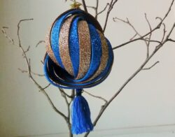 Новогодний шар на елку