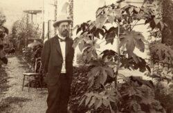 Антон Павлович Чехов в своём саду