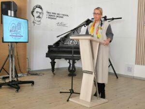 Подвели итоги работы. Отчетное собрание 29 марта 2021 г. Выступает директор департамента культуры Бирюкова А. М.
