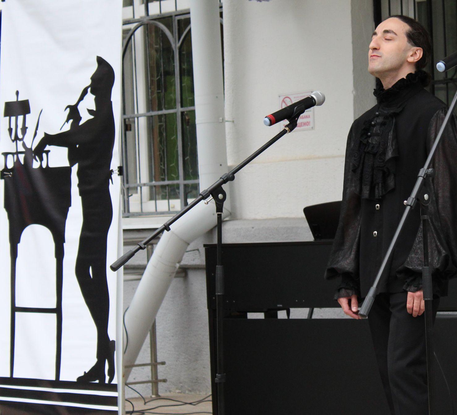 Михаил Бабаев